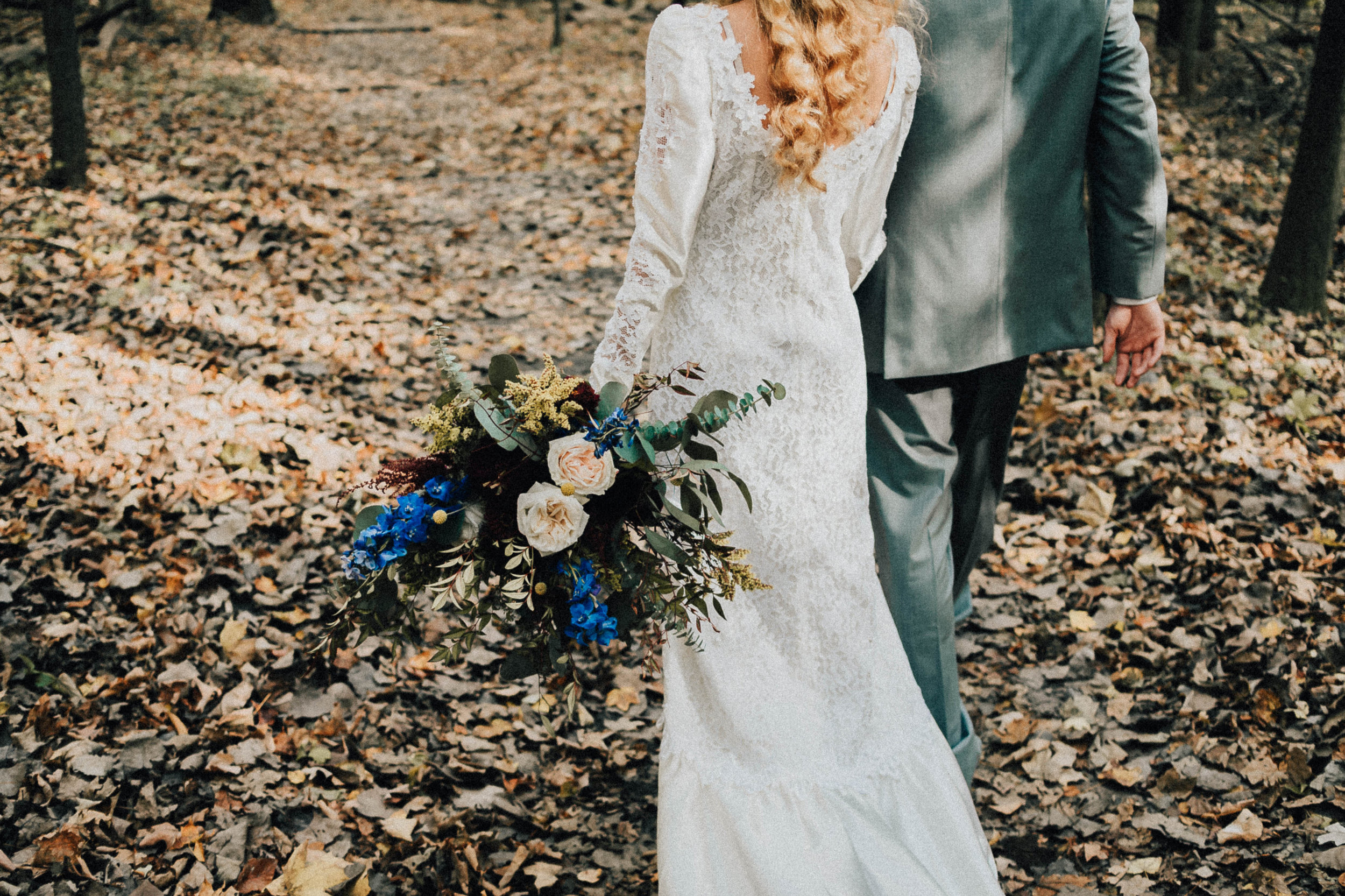 Boho Fall Editorial with Lauren Fotography, Fancy Florals by Nancy, Bremer Jewelry, Boejannies, Men's Wearhouse, Corpo Bello Salon, East to West Studio and Something Old Event Rentals