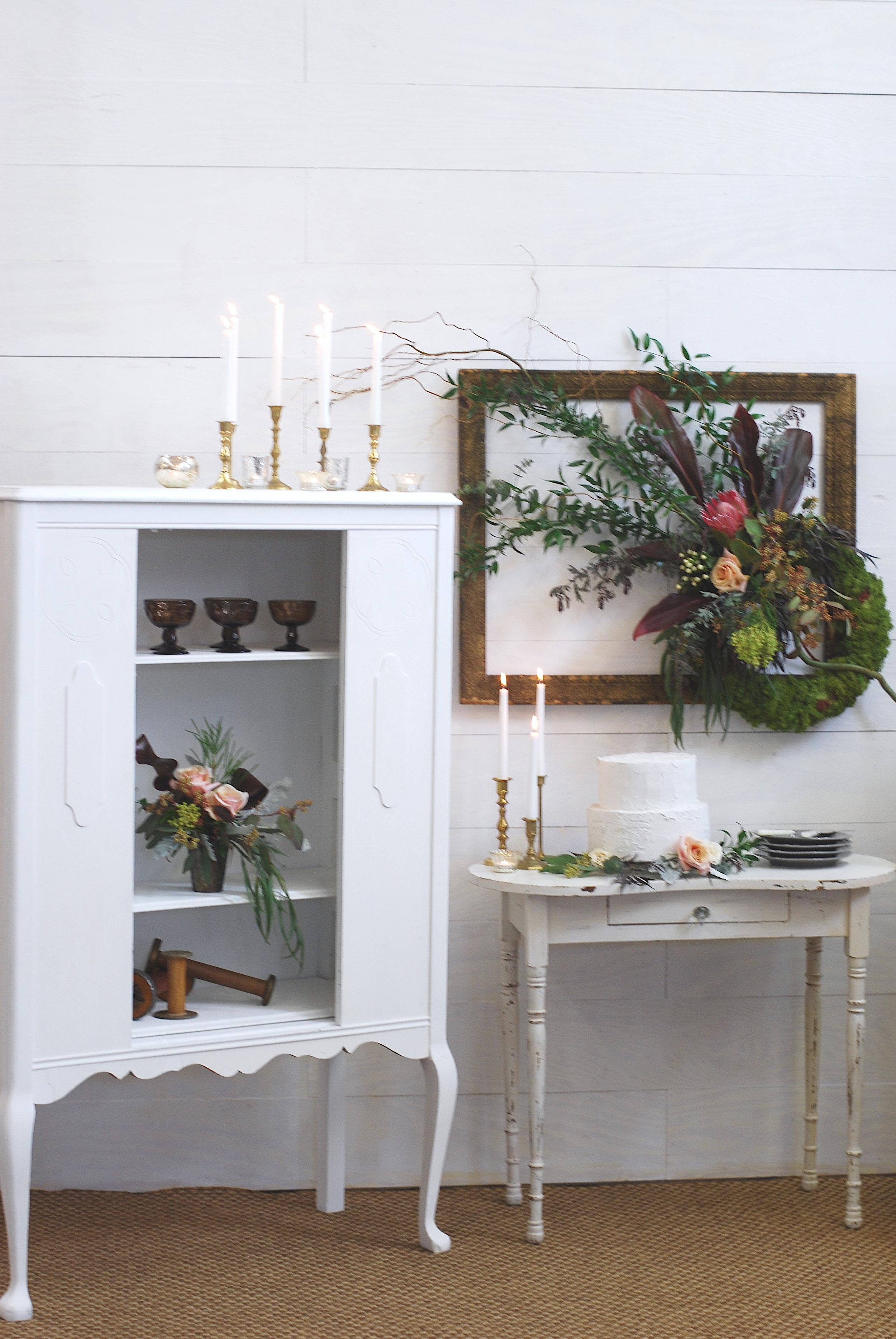 Spruce Rentals - Ivy Petite Desk