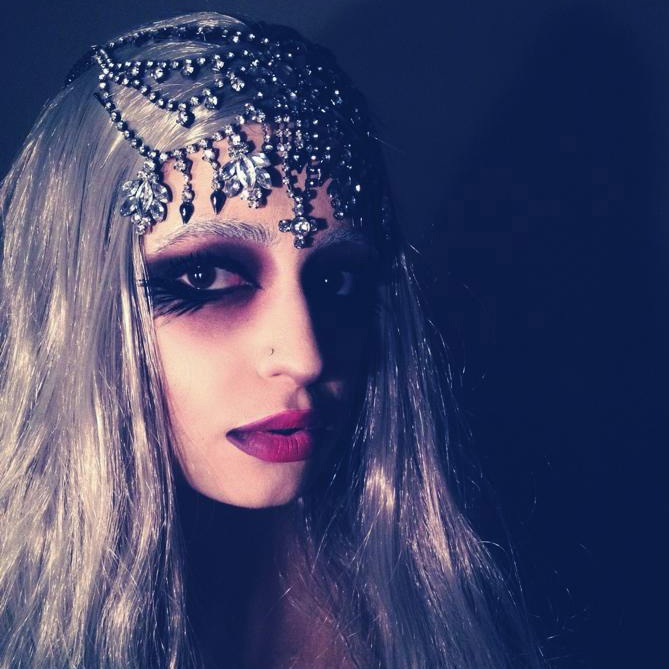 Look 1 / Day 1: Icey Vamp