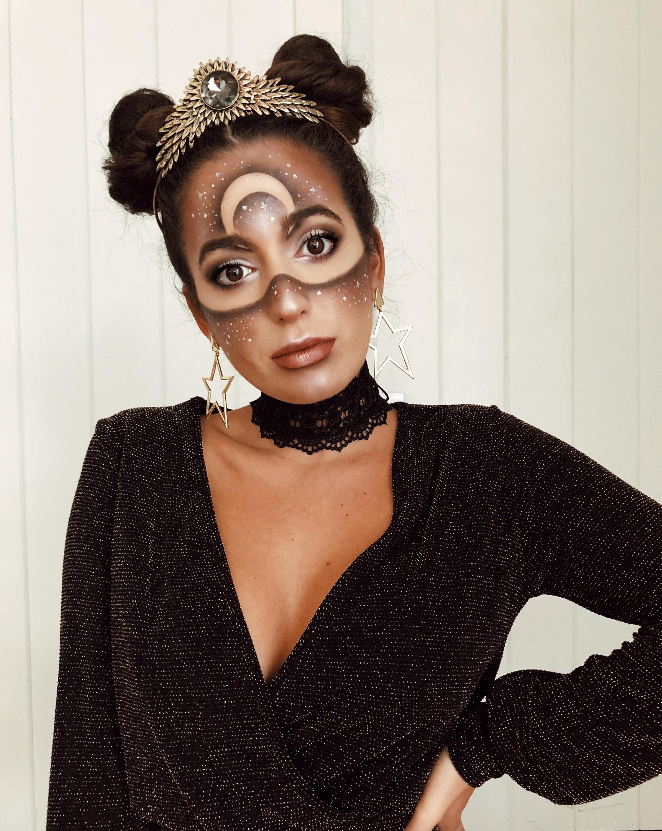 galaxy-alien-moon-stars-crown-space-buns-bodypaint-halloween-makeup-mua