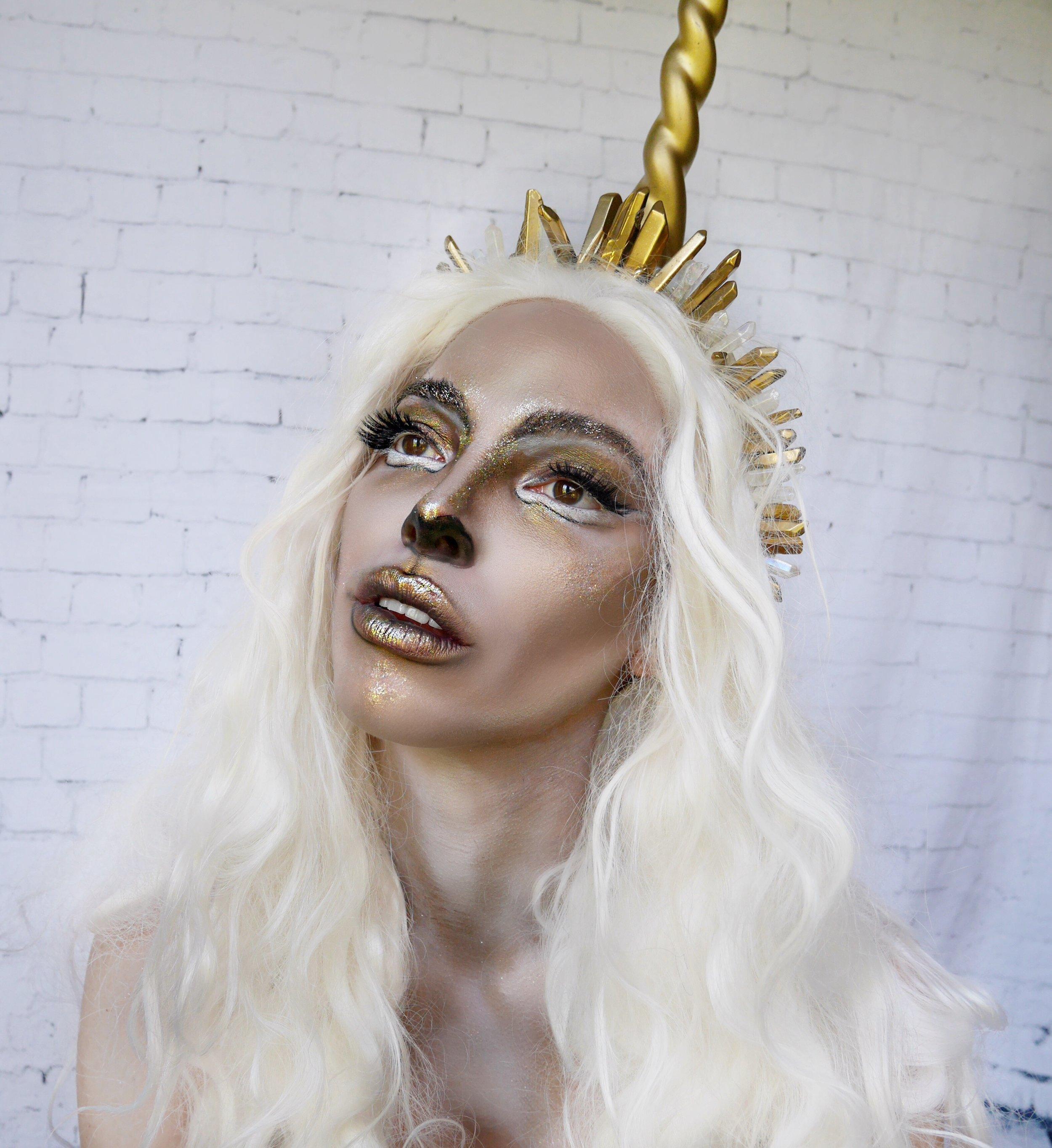 unicorn-queen-gold-glittery-girl-halloween-makeup