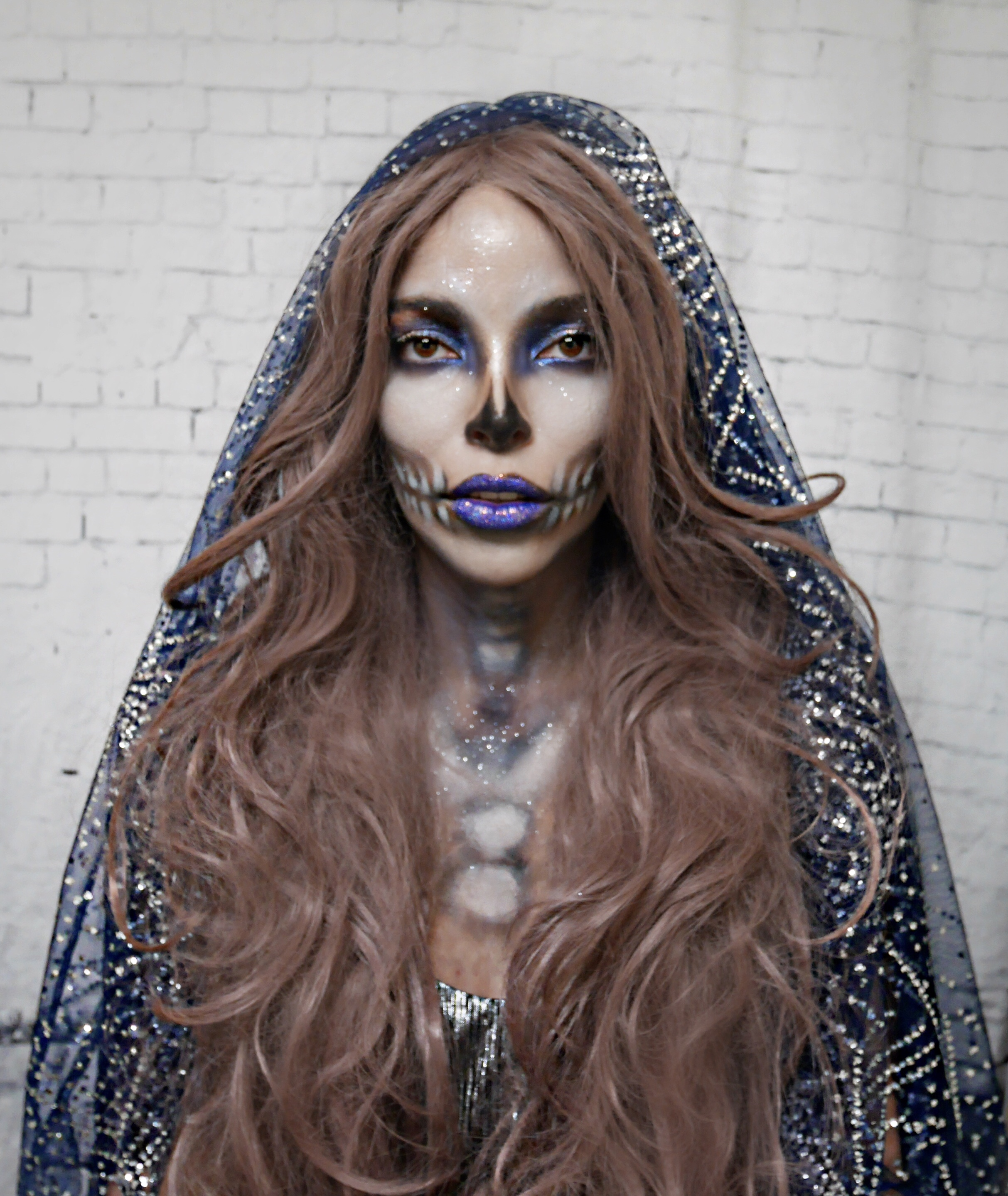 skeleton-bride-glittery-girl-halloween-makeup-costume-veil-fabric