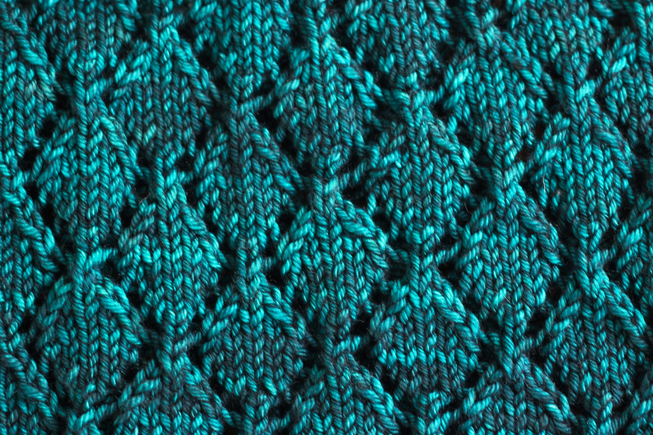 On The Needles   Cozy [me] — viridian hue