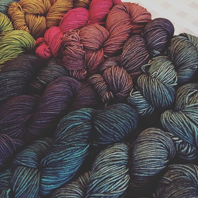 Making new Mystery Trios ✨  #comingsoon #sweetfiberyarns #handdyedyarn #dyersofinstagram #knittersofinstagram #yarn #yarnlove #knitting #yarnrainbow