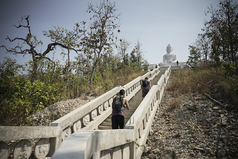 Hiking to the Great White Buddha