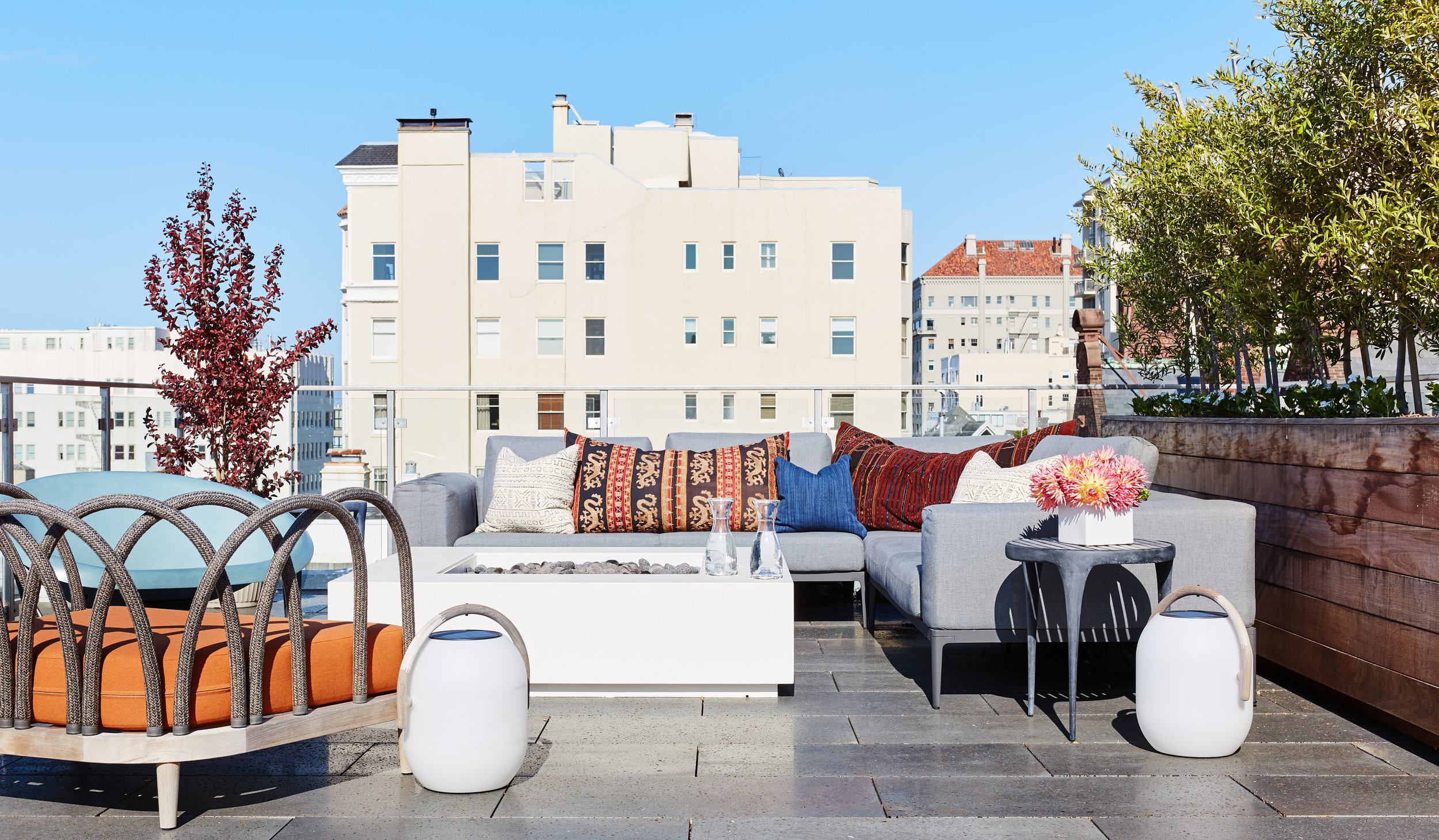 Noz Design - Pac Heights House with a Roof - Roof deck lounge side.jpg