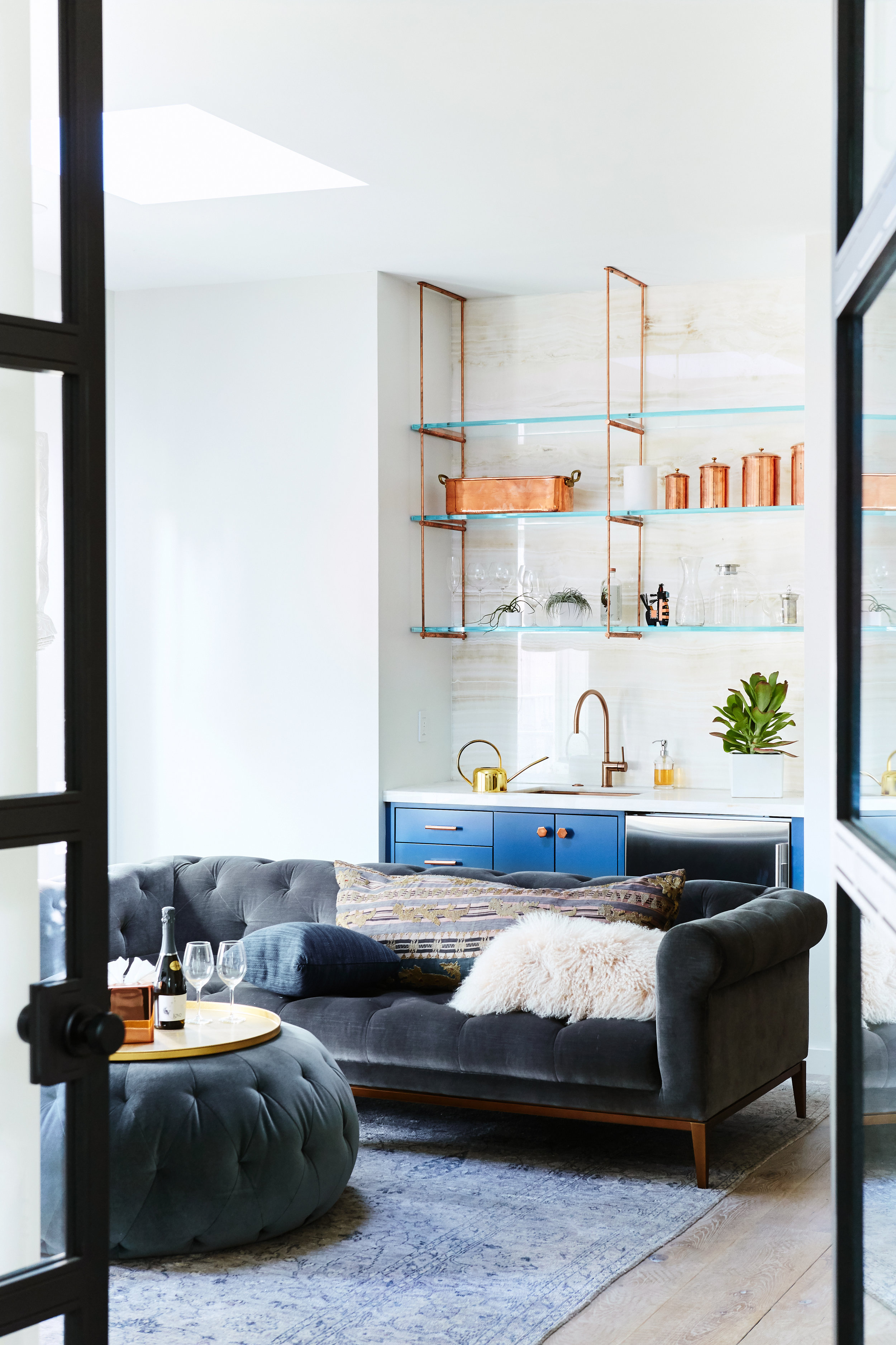 Noz Design - Pac Heights House with a Roof - Copper kitchenette lounge.jpg
