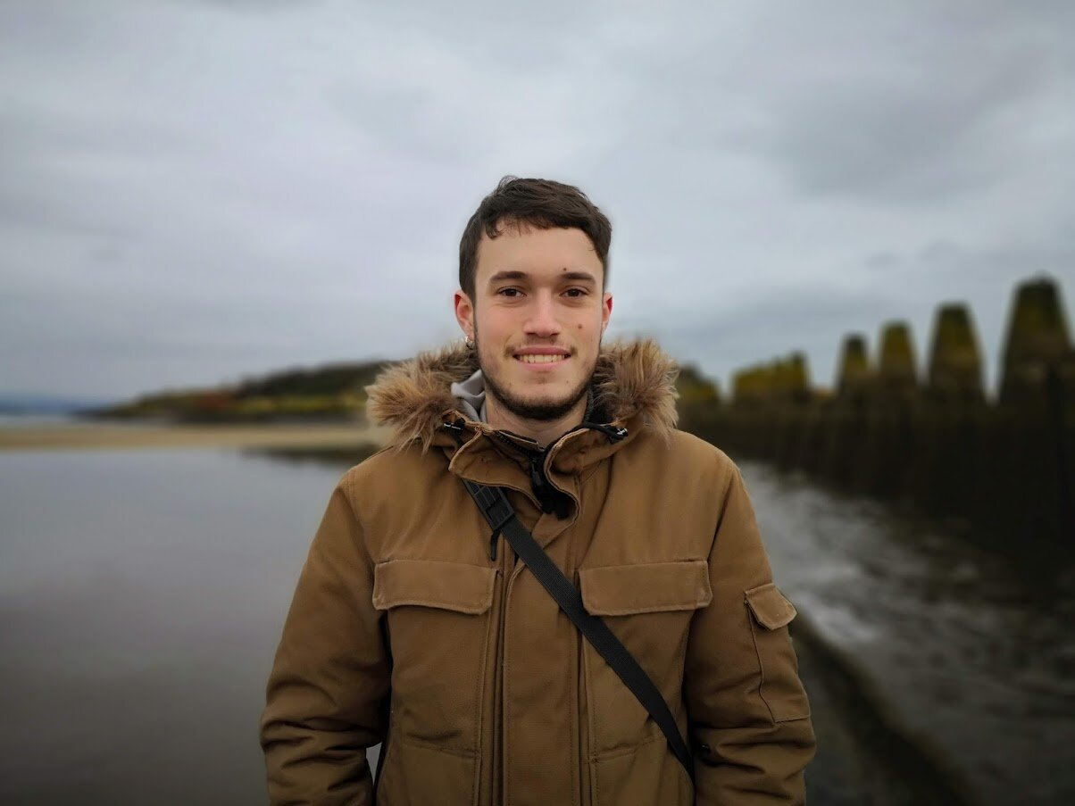 Jaime is a biologist & science communicator from Galicia (NW Spain) who changed his bagpipe-loving country for the bagpipe-loving Scotland to study his MSc. He joined our Leith Labs project as a volunteer for Explorathon 2018 and has been collaborating with us since then, organising different events and managing Leith Labs' website & social media. He likes design, nature & coffee... he likes coffee a lot