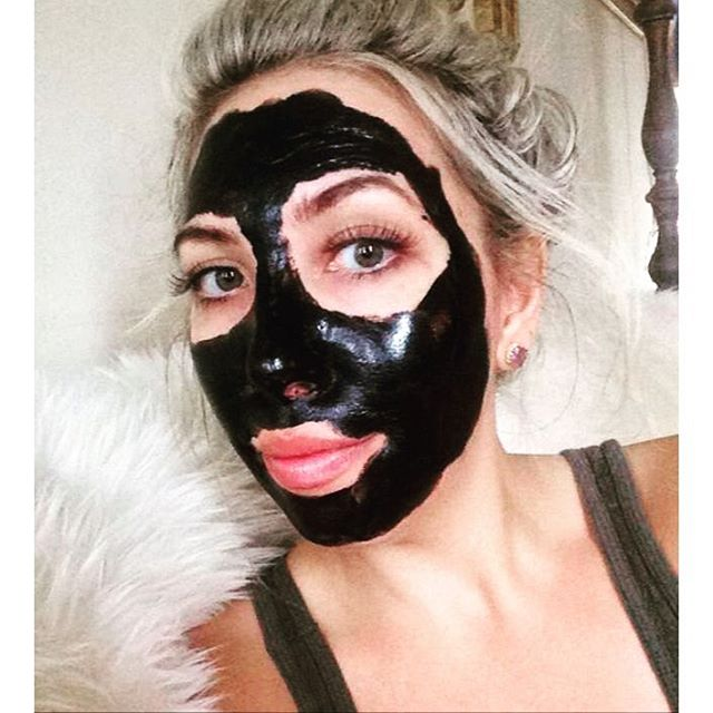Looking scary with the @boscia mask.  Trying to detox yesterday's alcohol consumption 😬 #bosciablackmask #skincare