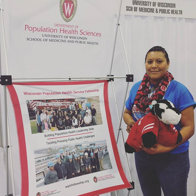 We have a winner! Penelope from Salt Lake City is interested in #tribal and #rural #health and gets to take #buckybadger home! Congrats and thanks to all who signed up to win and showed an interest in #UWSMPH #APHA2016