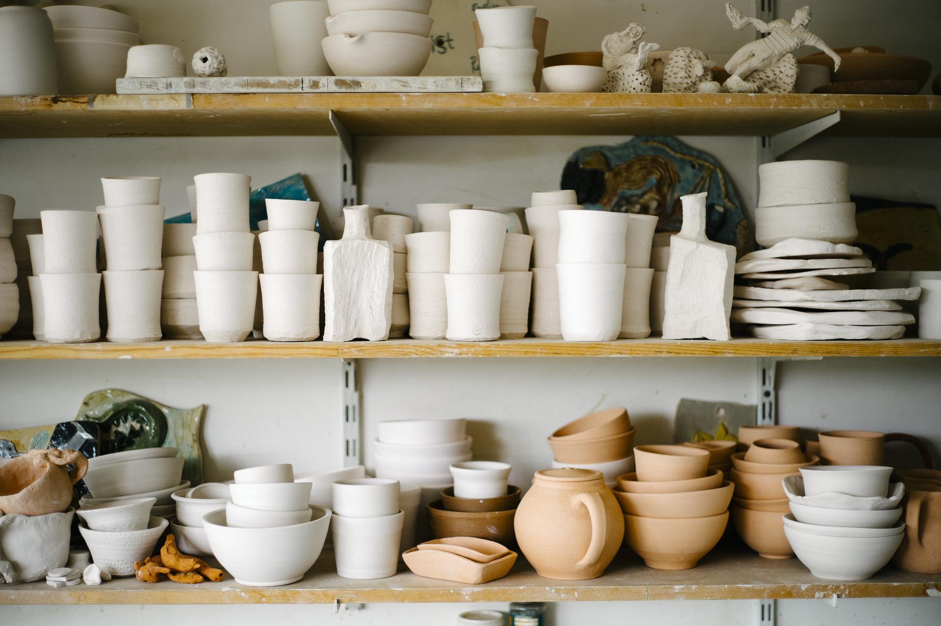 pottery-pixabay-art-701749_1920.jpg