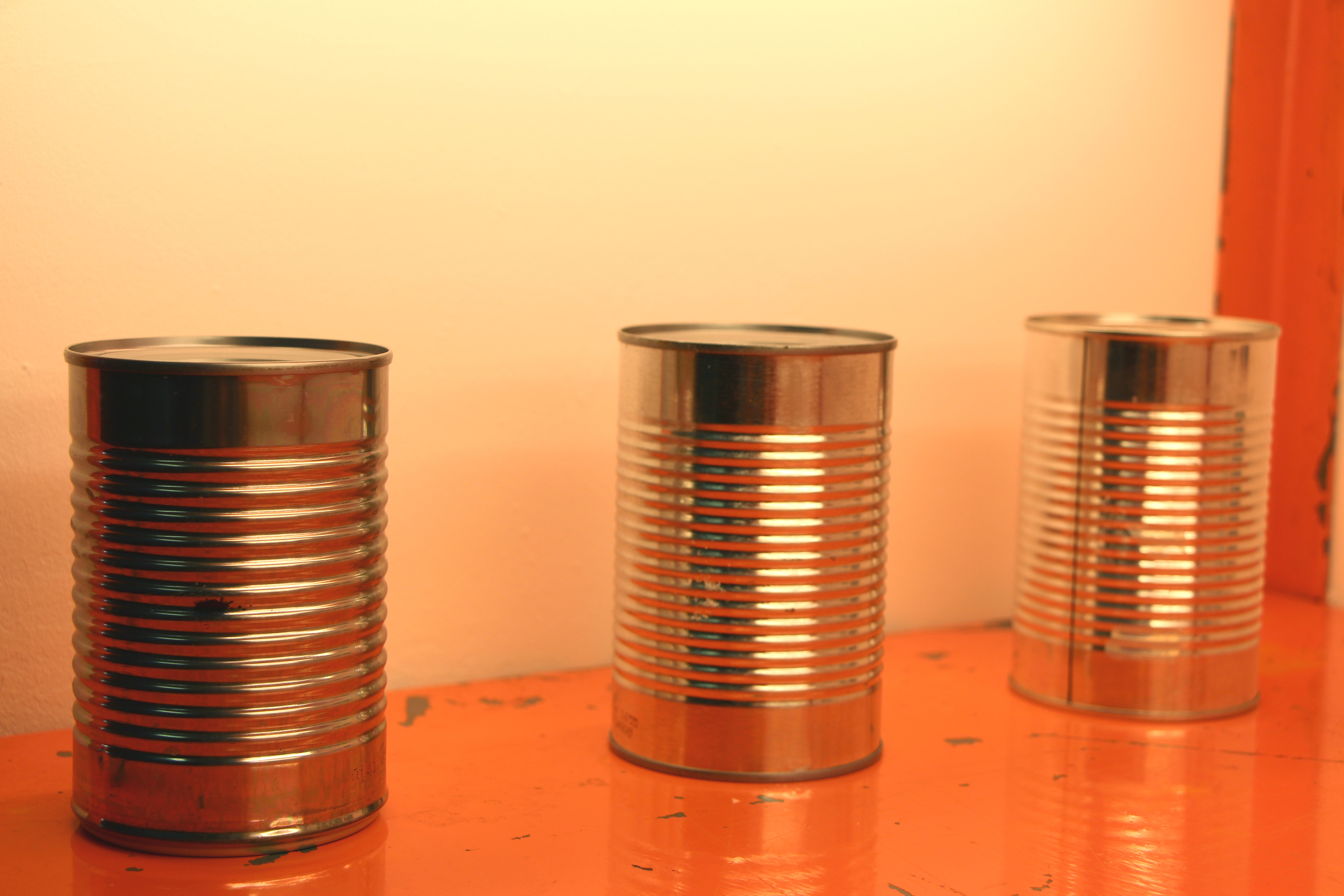 411 g, 432 g, 439 g   aluminum cans and contents