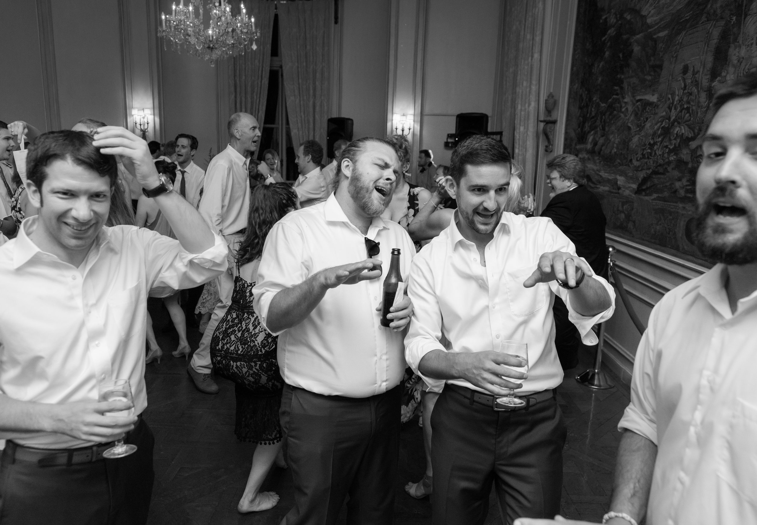 Groom and groomsmen at a washington dc wedding