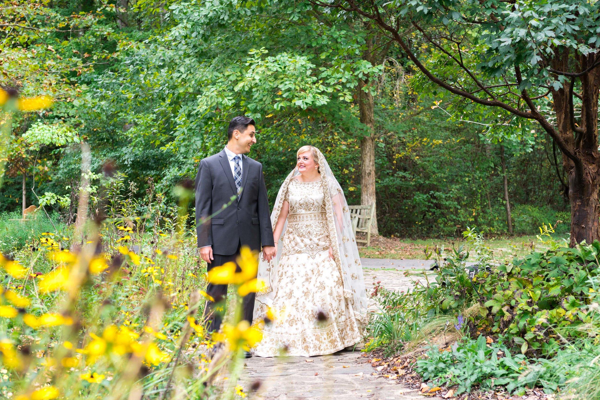 Gorgeous meadowlark bride and groom in Virginia