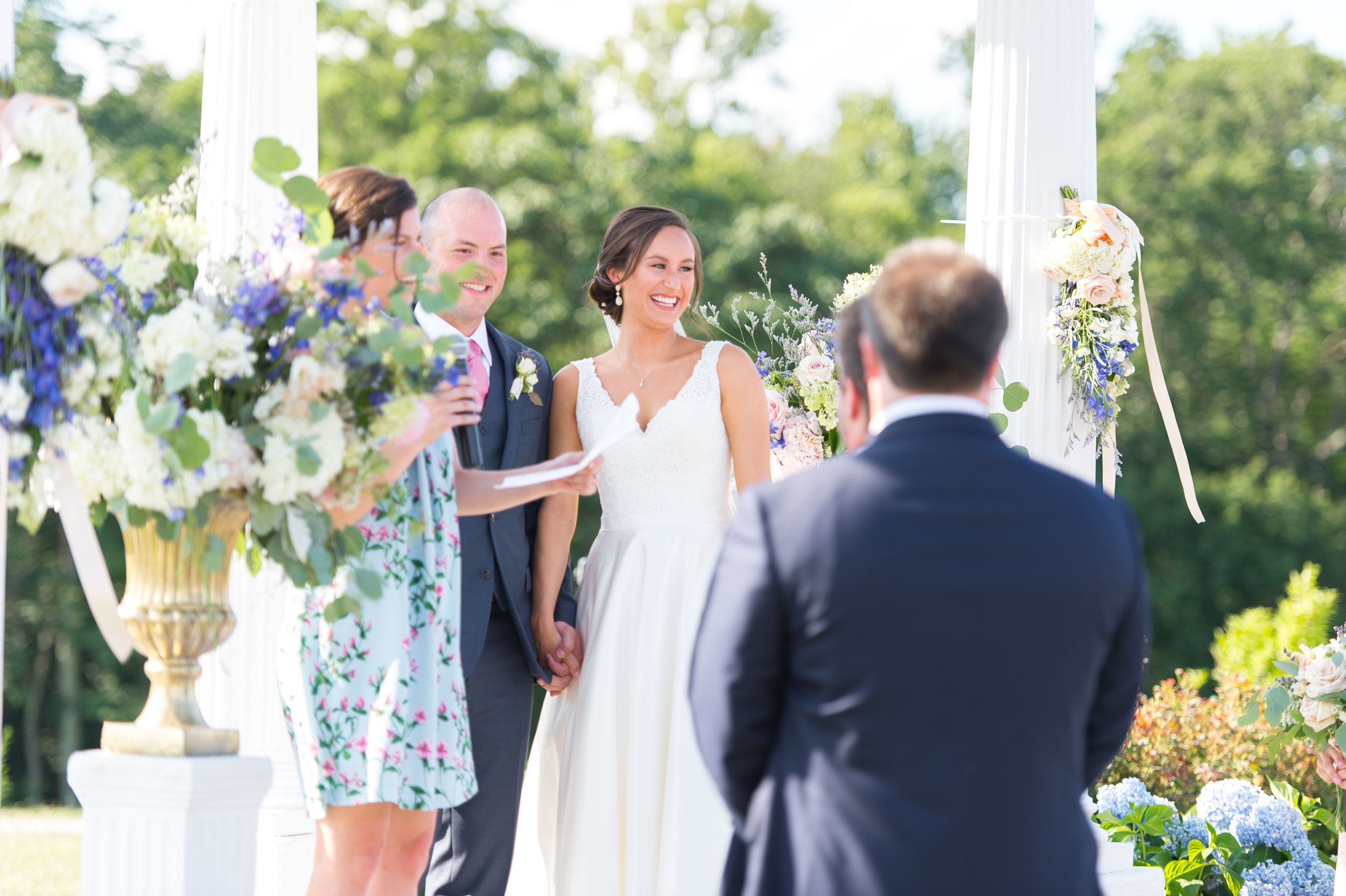 Bride and groom at Springfield Manor in Maryland