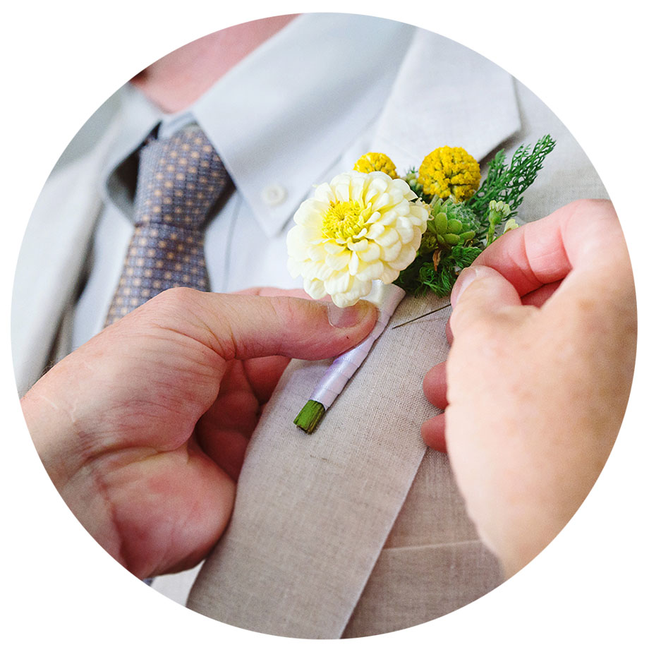 Boutonniere-pinning-round-photo.jpg