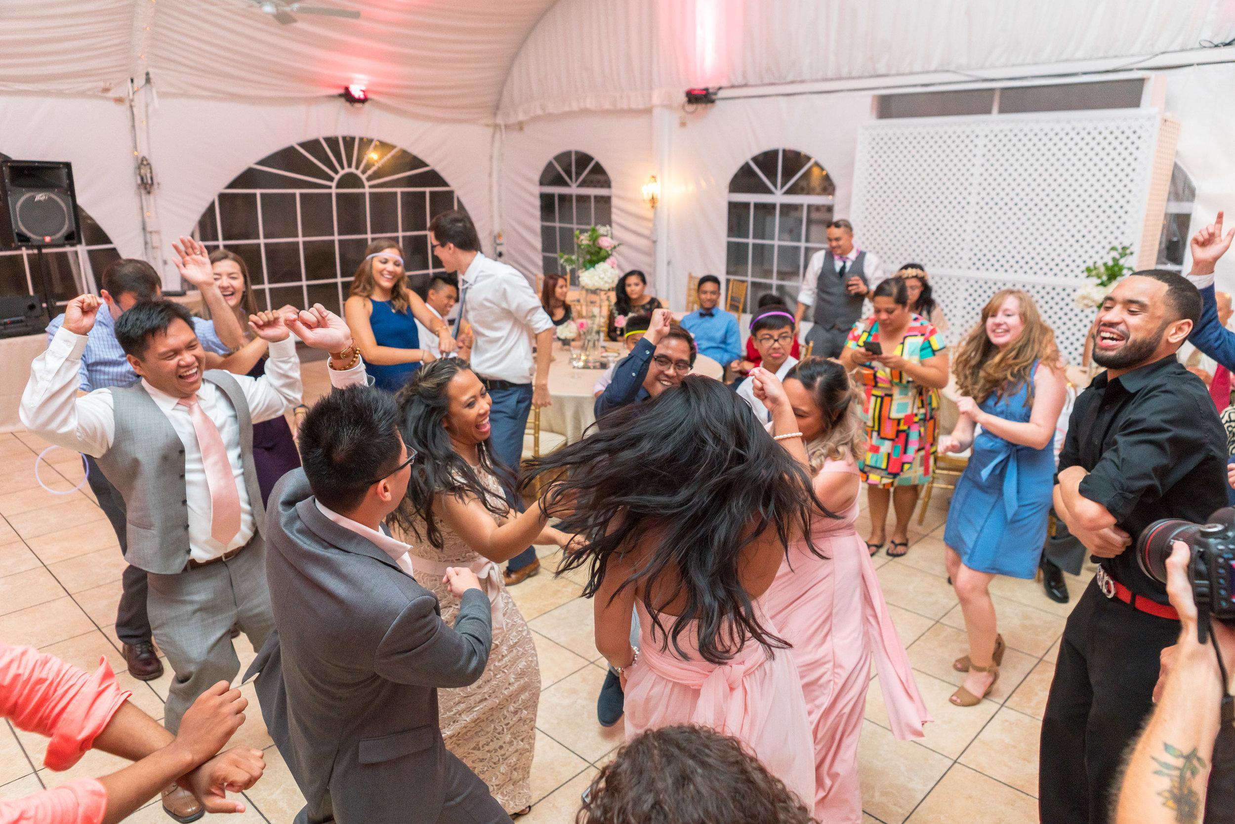 Wedding photos at The Villa in maryland