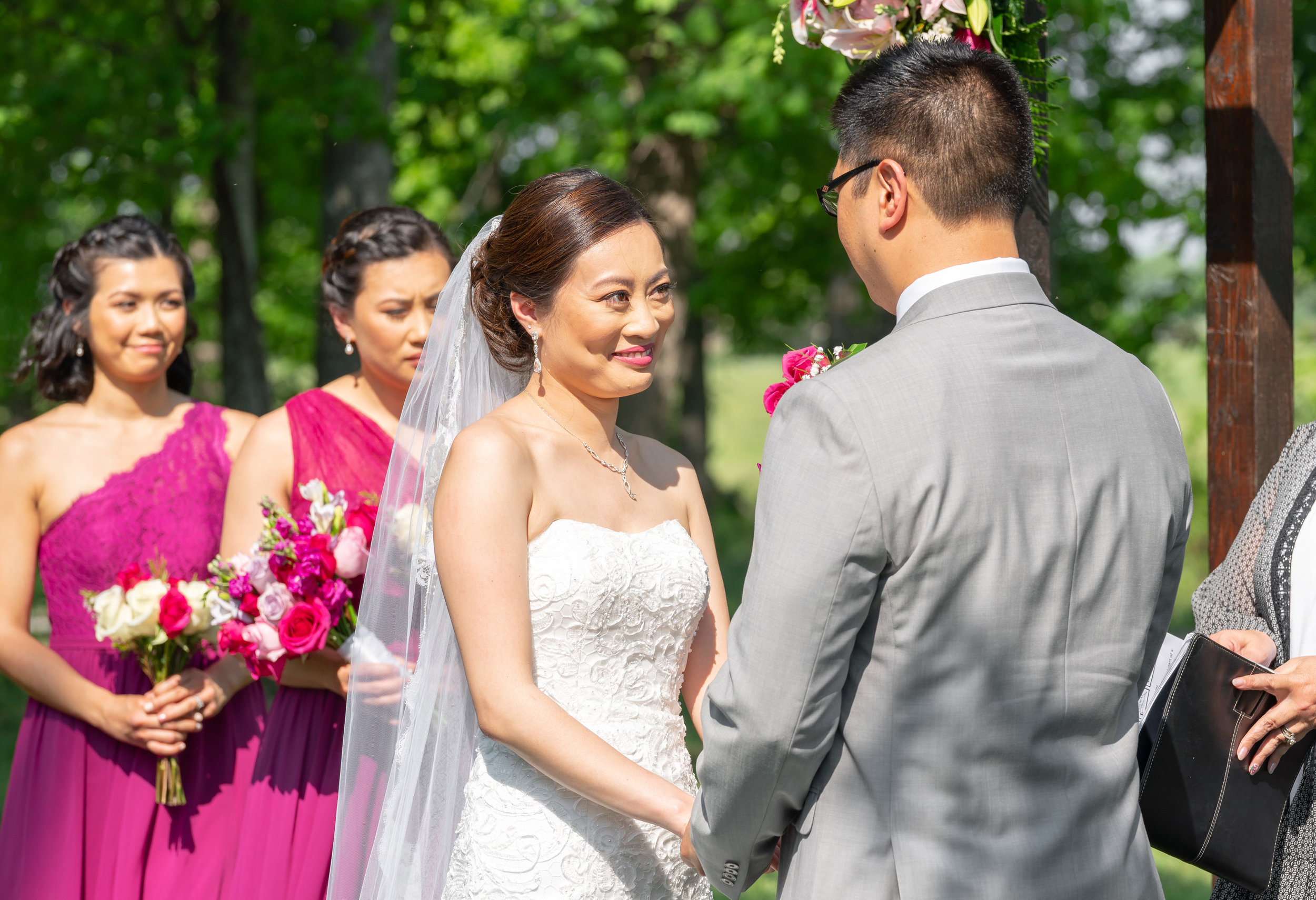 Chinese Filipino fusion wedding at Lost Creek Winery shot with Sony a7riii and 70-200mm