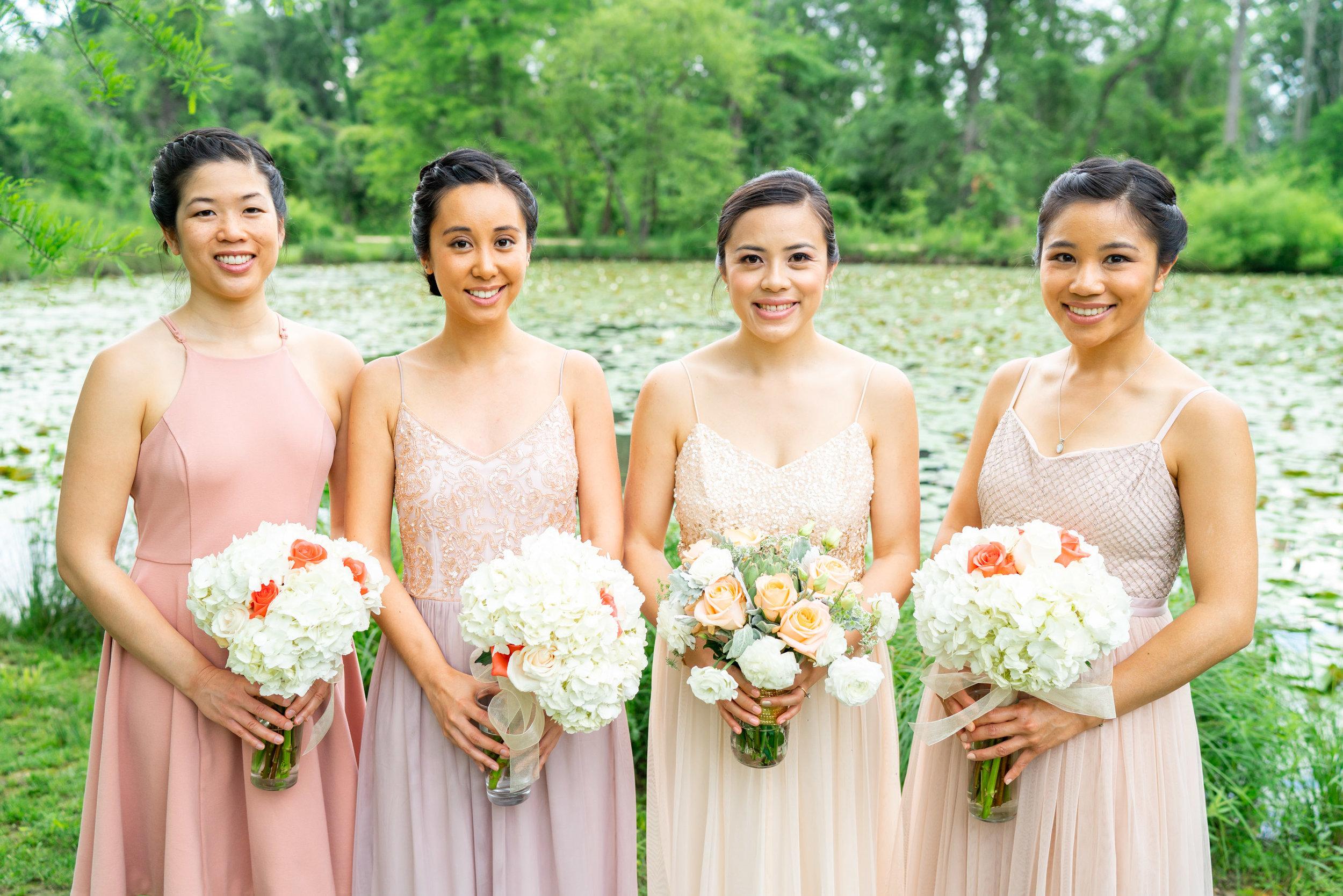 Kenilworth Aquatic Gardens portrait of bride and bridesmaids