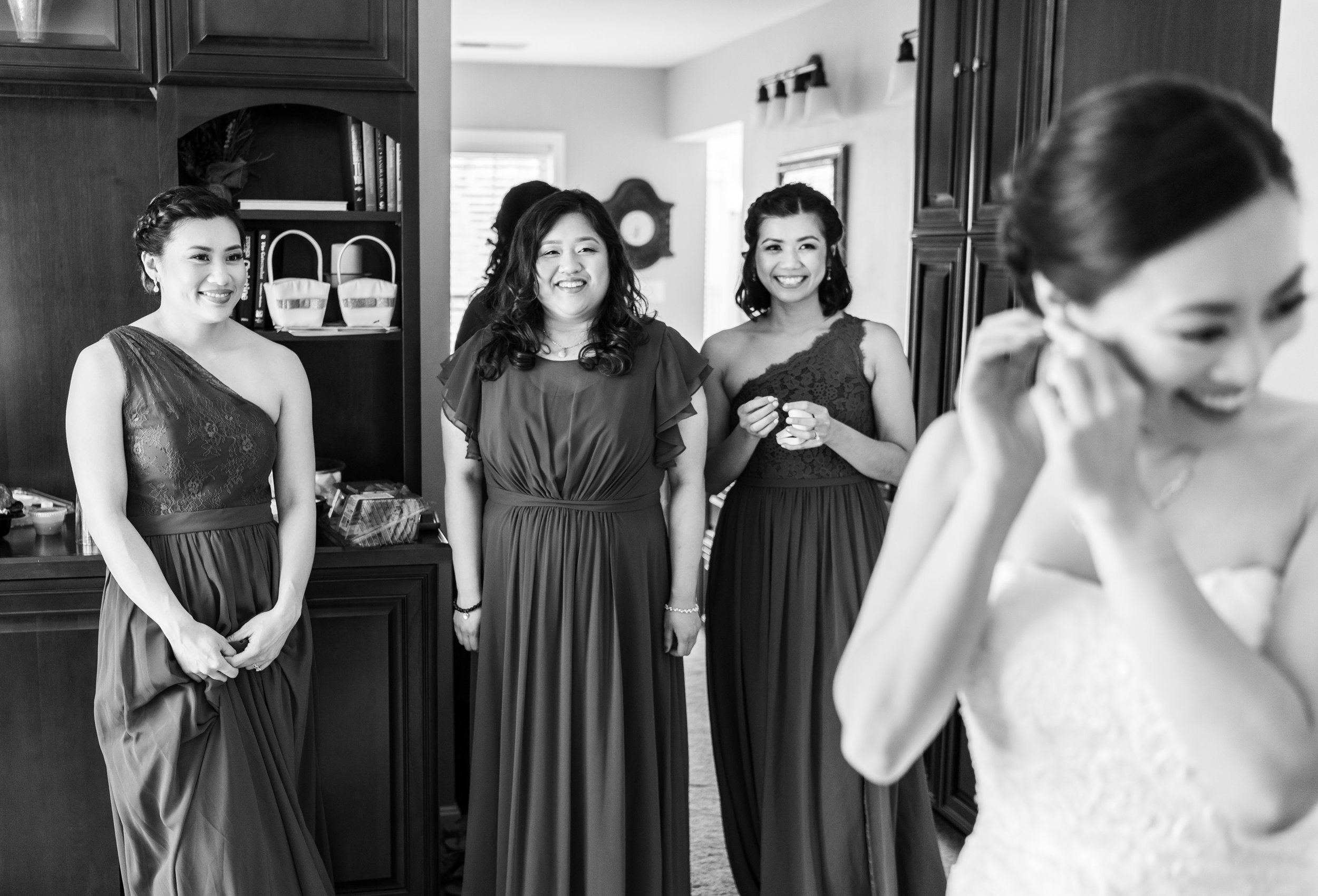 Bride getting ready suite at Harvest House Lost Creek Winery