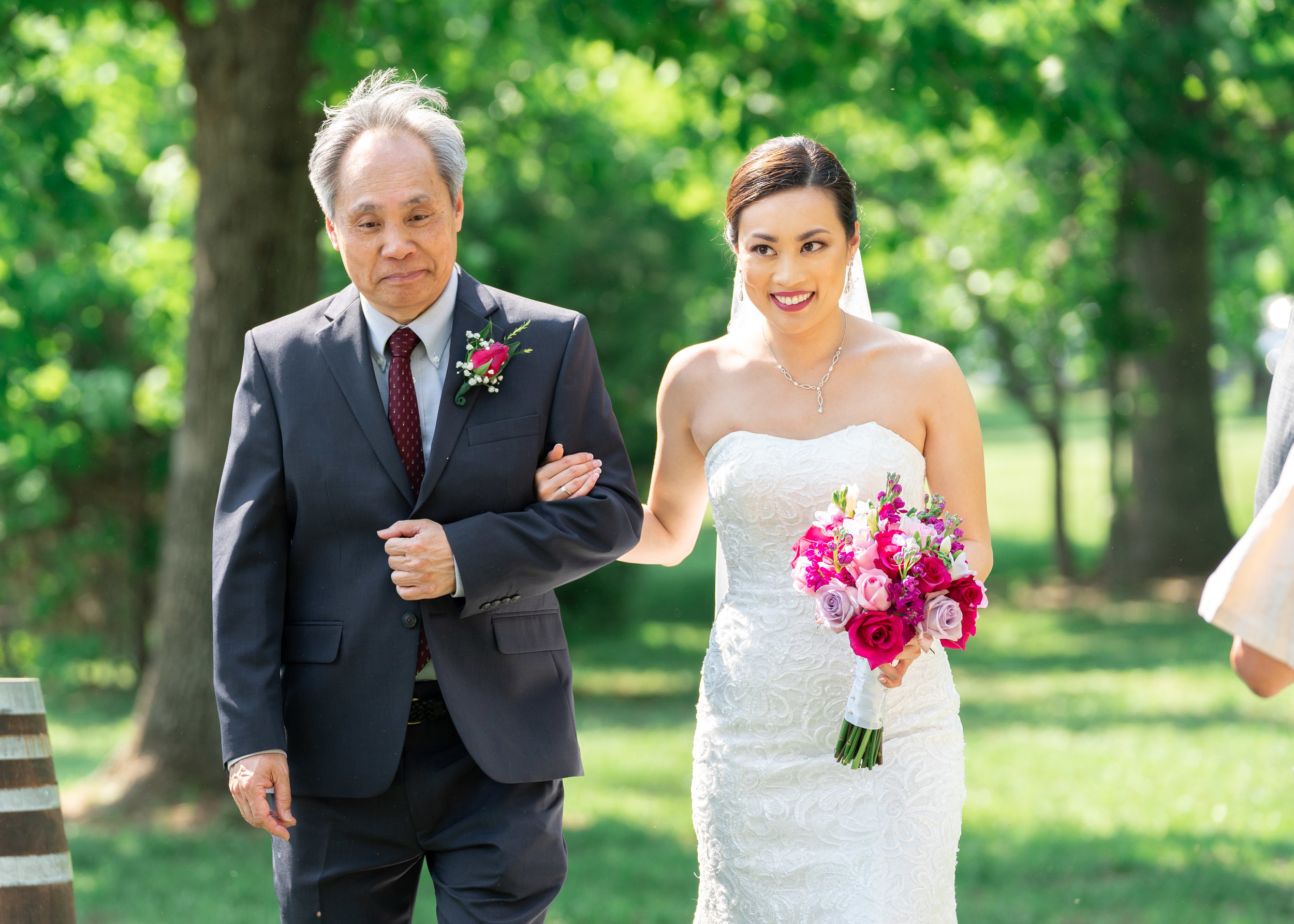 Bride and her father at Lost Creek Winery wedding in Leesburg