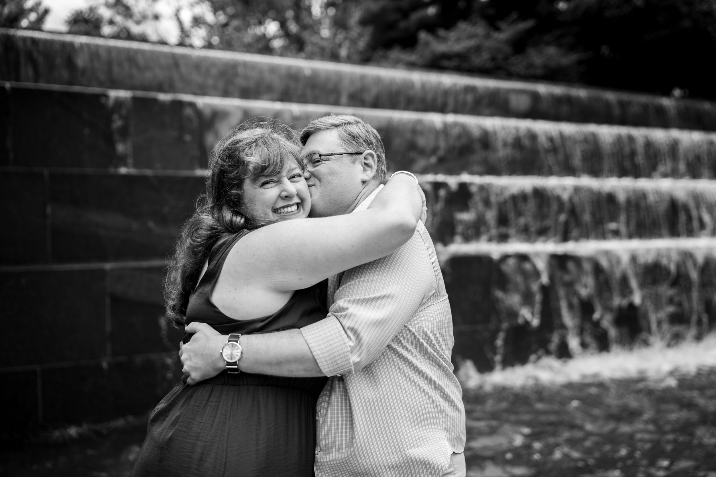 Engagement session DC Roosevelt fountain near monuments