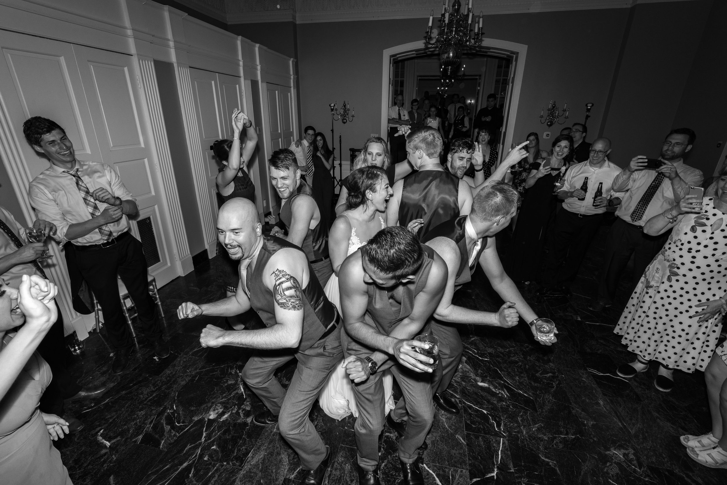 candid and Fun wedding photography in washington dc and maryland