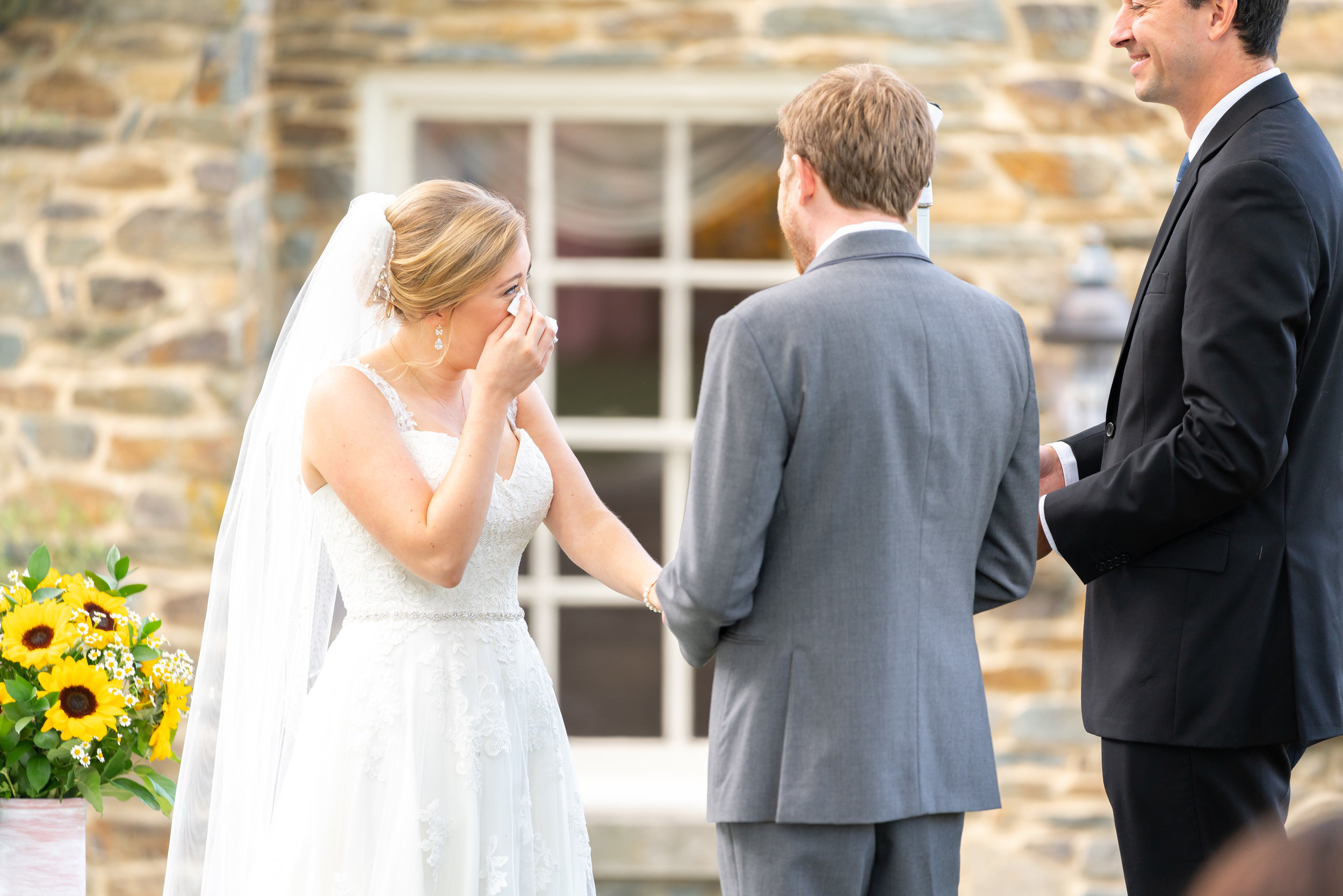 Summer wedding outdoor ceremony at Stone Manor Country Club