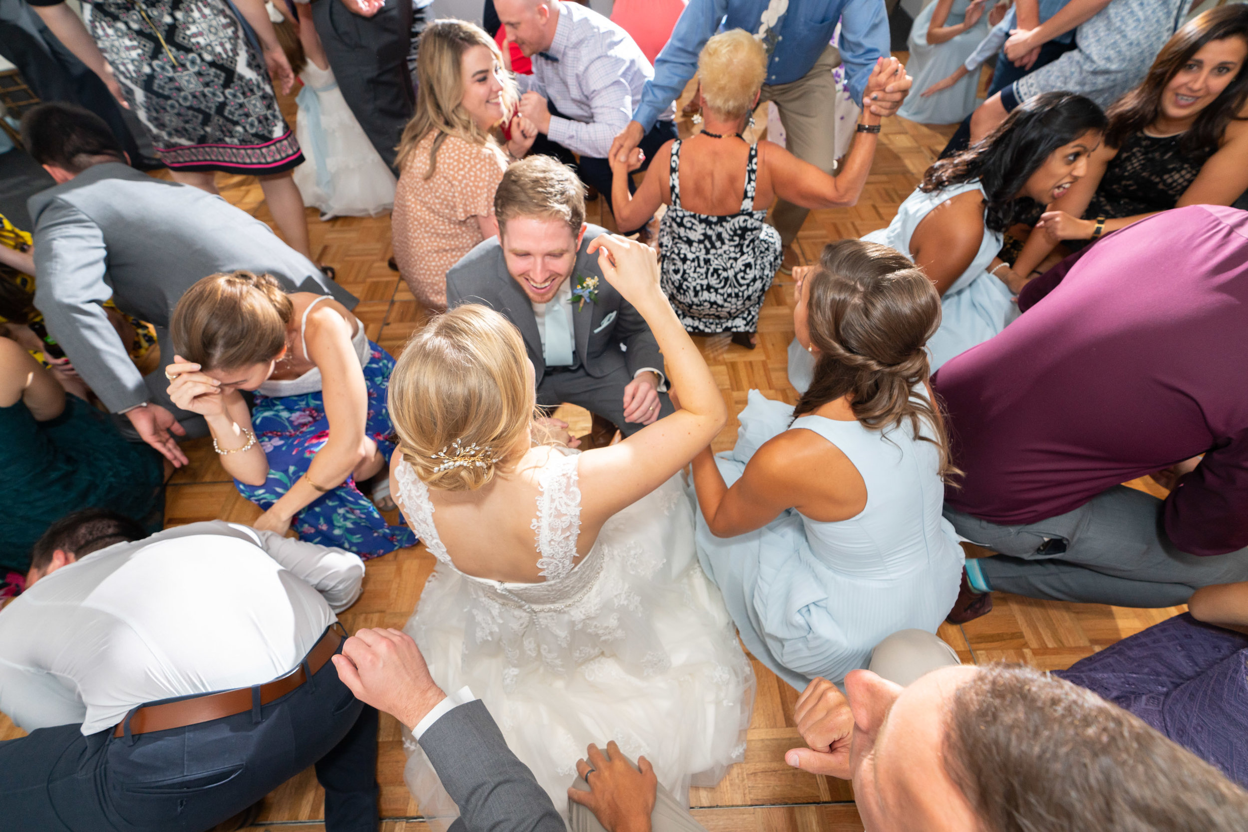 Stone Manor Country Club wedding dance floor in summer