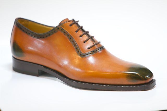 SuitCafe Shoe sample image shoe trees