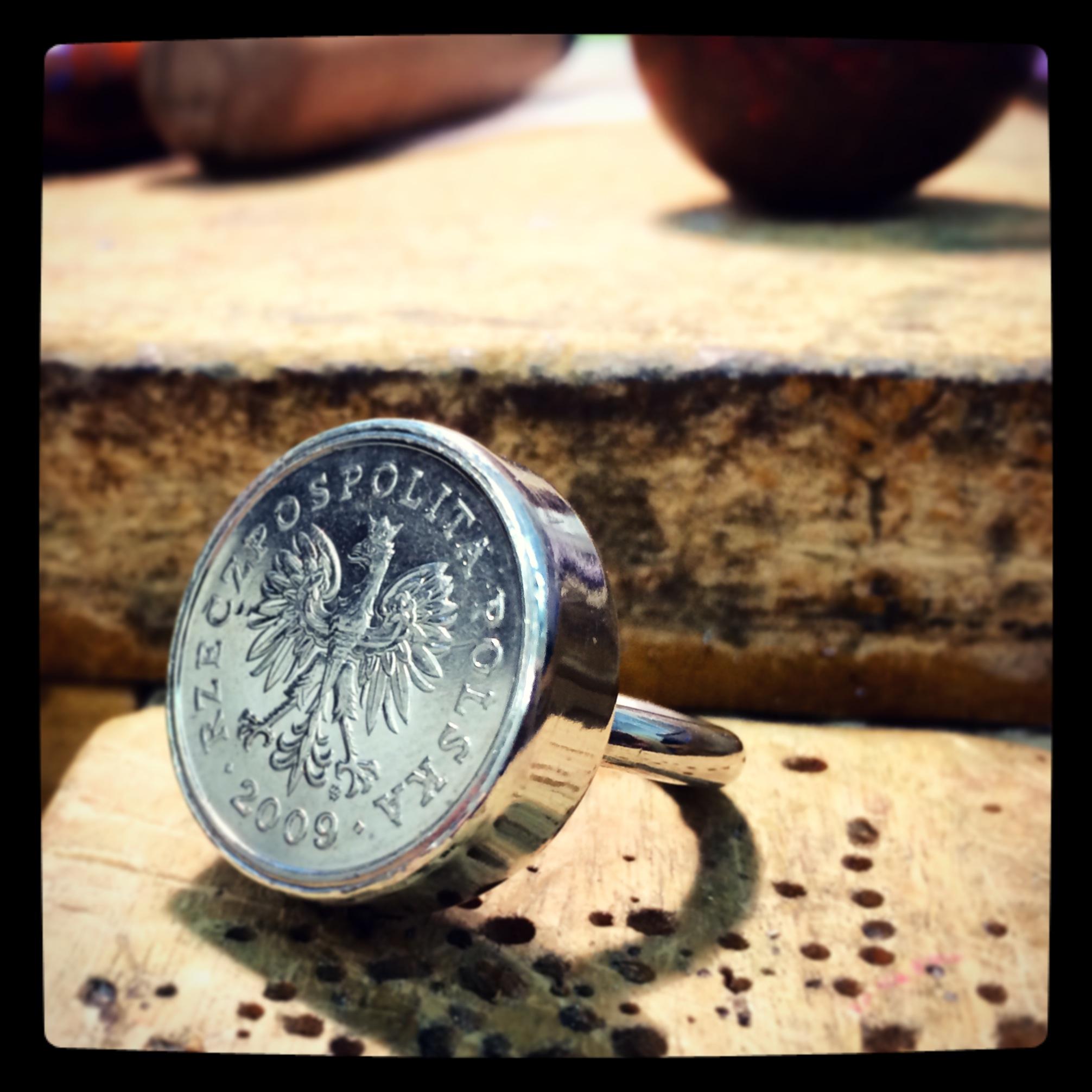 molten-polska-ring.jpg