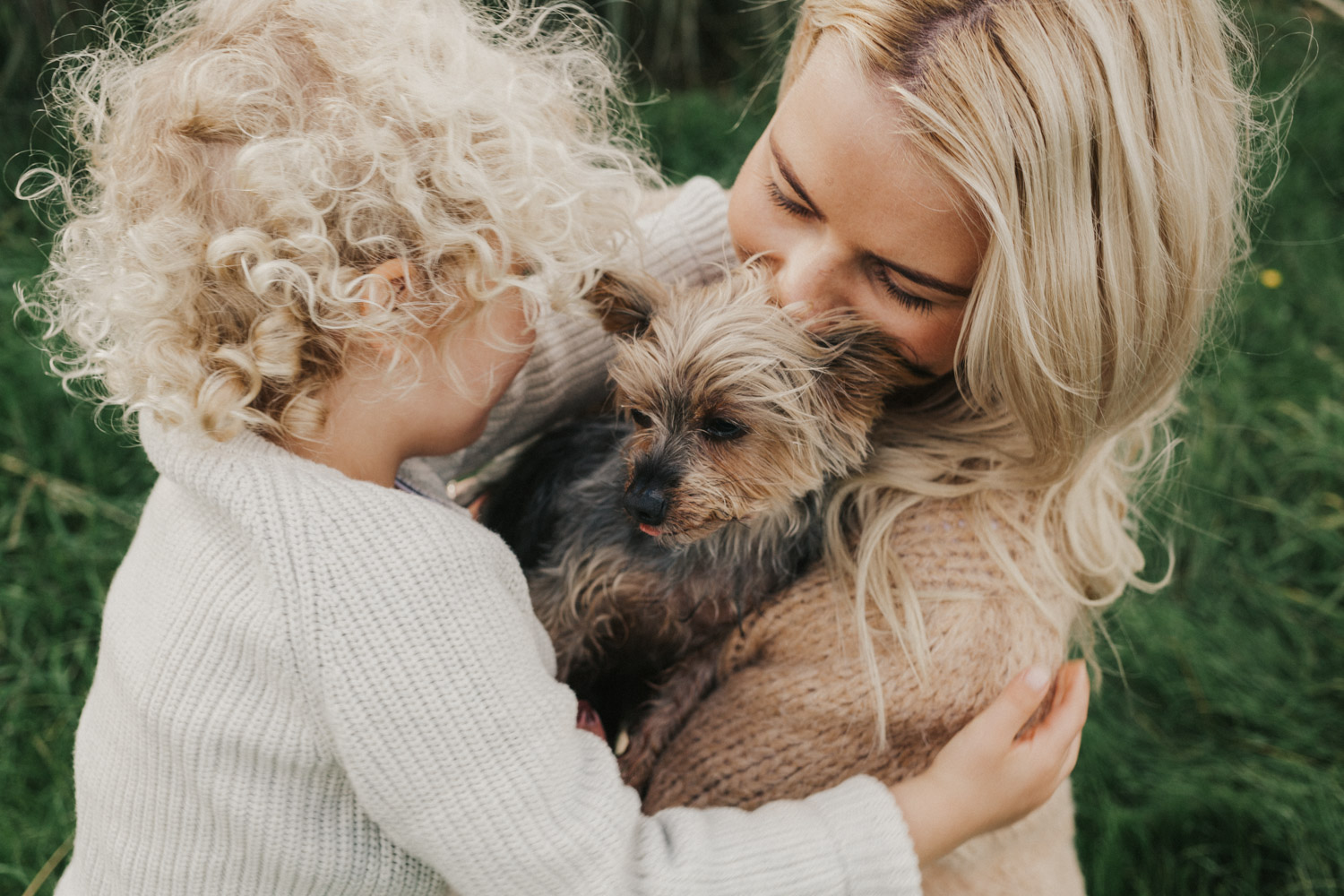 Cute family photos with your pets