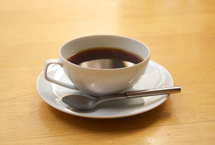 Så här är kaffekoppen konfigurerad när man får denpå ett klassiskt japanskt kafé!
