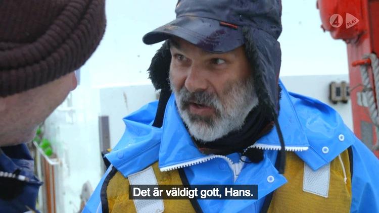 Peter gillar rå bläckfisk. Det gör inte Hans..