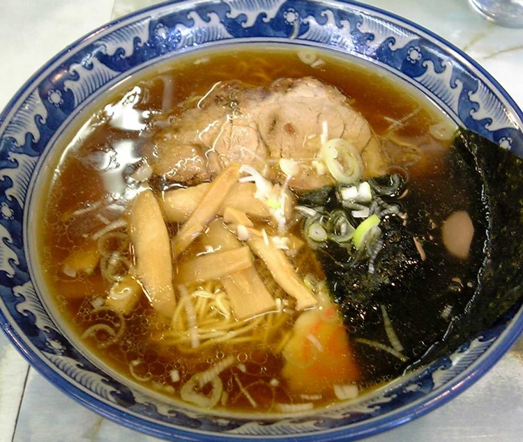 Ramen är en perenn favorit i Japan, inte minst bland hungriga unga män.  Foto: Hykw-a4, Creative Commons License