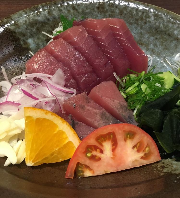 Sashimi på bonito är inte fy skam. Faktum är att boniton var högre värderad än tonfisk förr i världen i Japan.