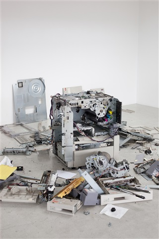 CLC 800, dismantled , 2011, © Wolfgang Tillmans