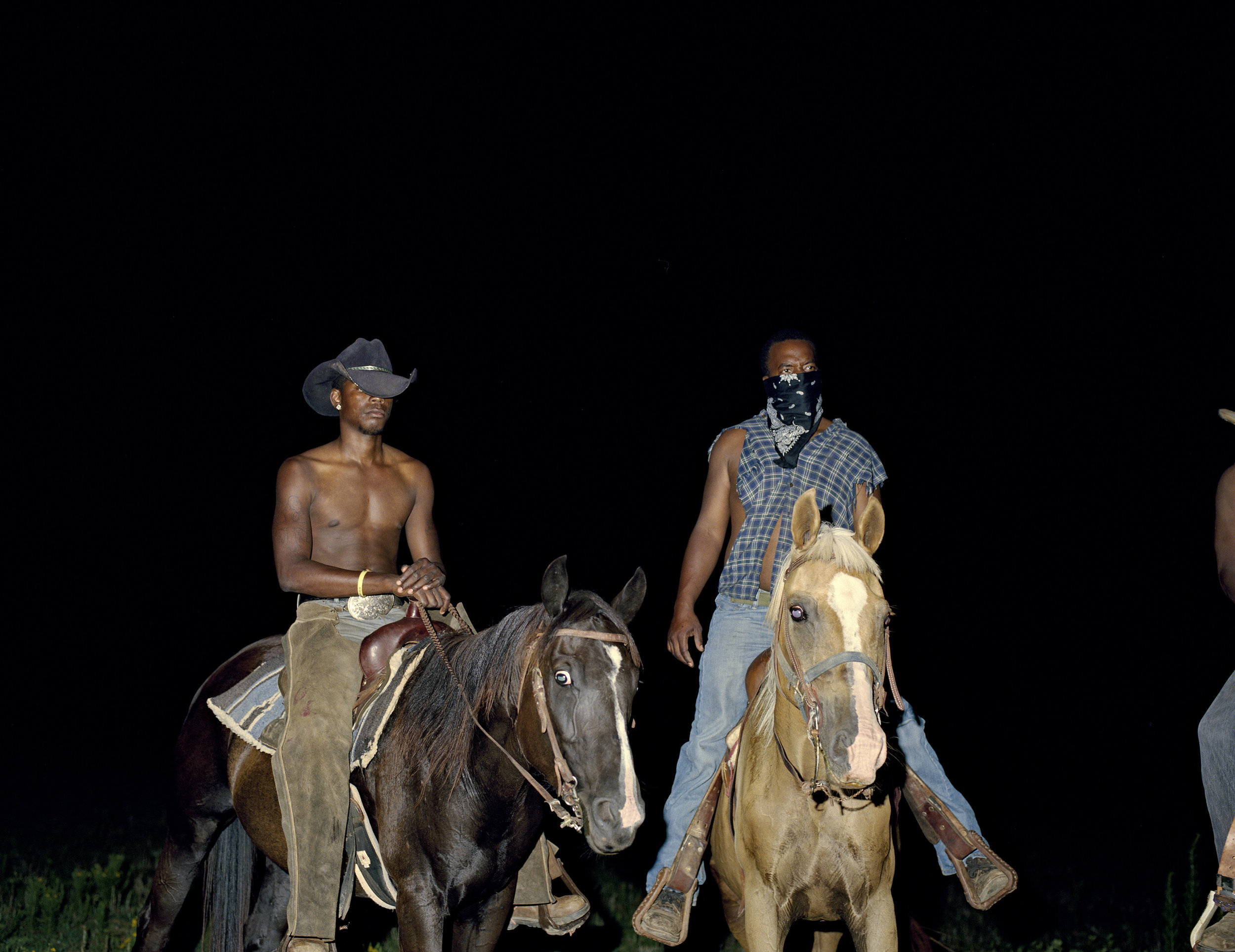Deana Lawson,  Cowboys , 2014, © Deana Lawson, courtesy of Rhona Hoffman Gallery, Chicago.