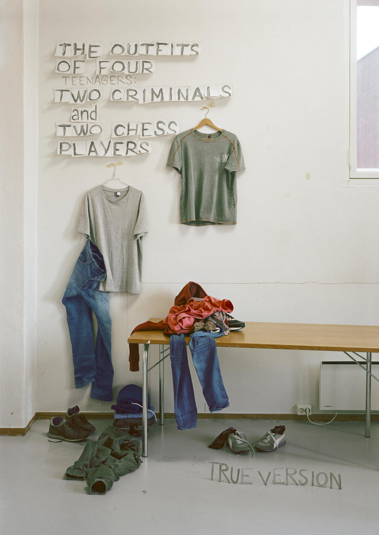 Else Marie Hagen,  The outfits of four teenagers, two criminals and two chess players,  2018 .