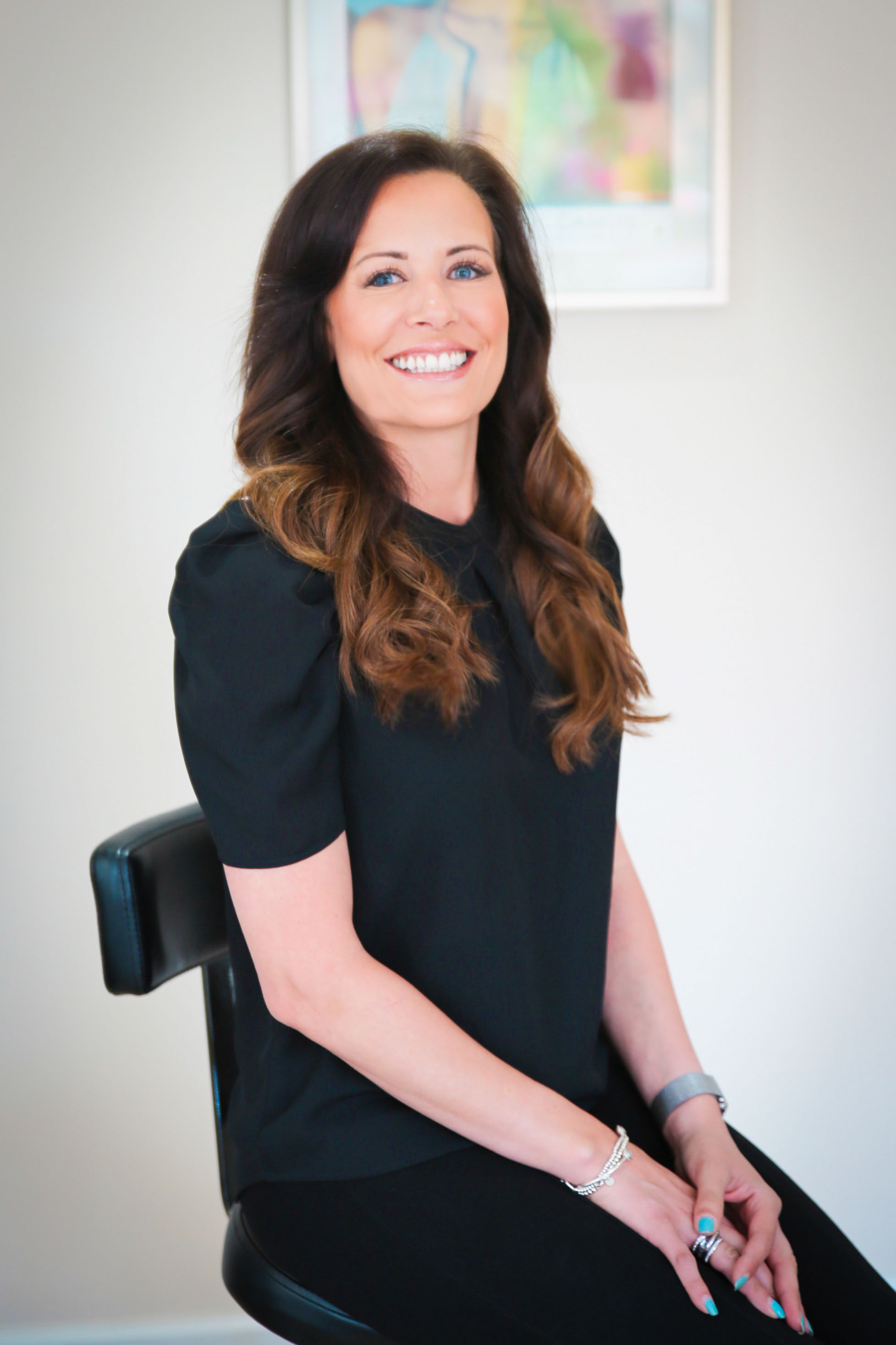 CLARE HOBSON - Salon Consultant & Owner