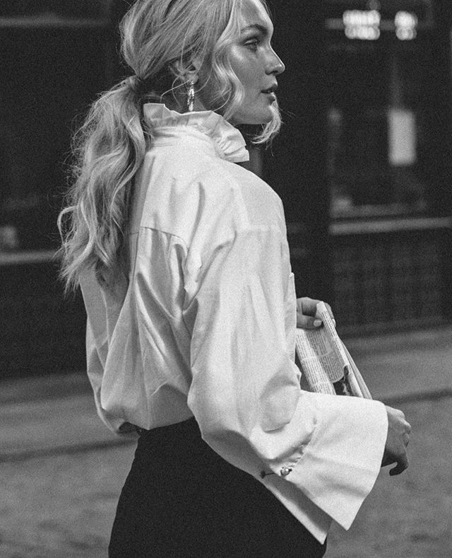 Did you ever see a more beautiful blouse? Sleeves on 👆😍 @motherofpearl⁠ ⁠ #londonfashionphotographer #parisfashionphotographer #stylist #styling #sustainablefashion #model #fashion #fashionphotographer #french #chic #chicfashion #paris #london ⁠ ⁠