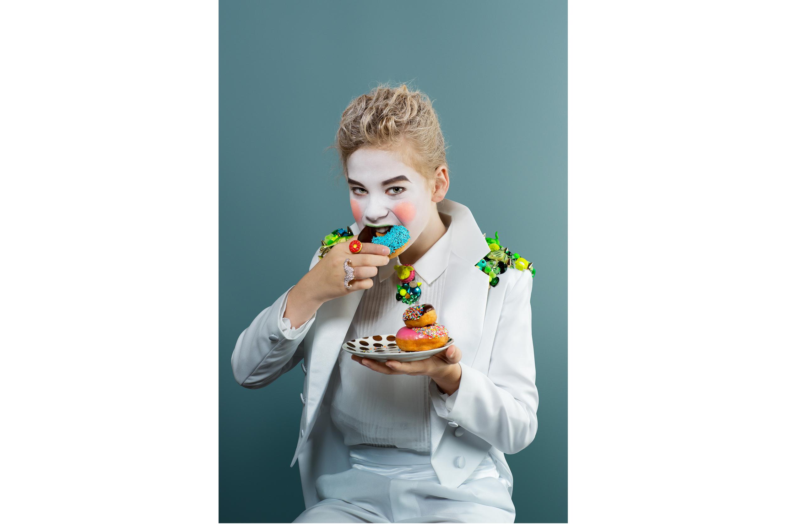 Rebecca Riegger _ Stylist _ Let them eat cake _ Jeremy Shaw _Katherine Sabbath _ 3.jpg