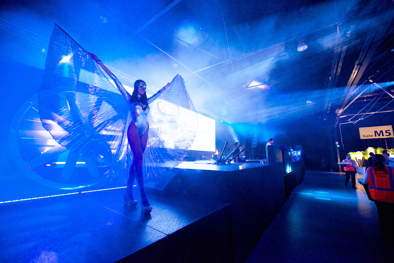 Rebecca+Riegger+Stylist+Avant-Garde+Events+Airport+_+7.jpg