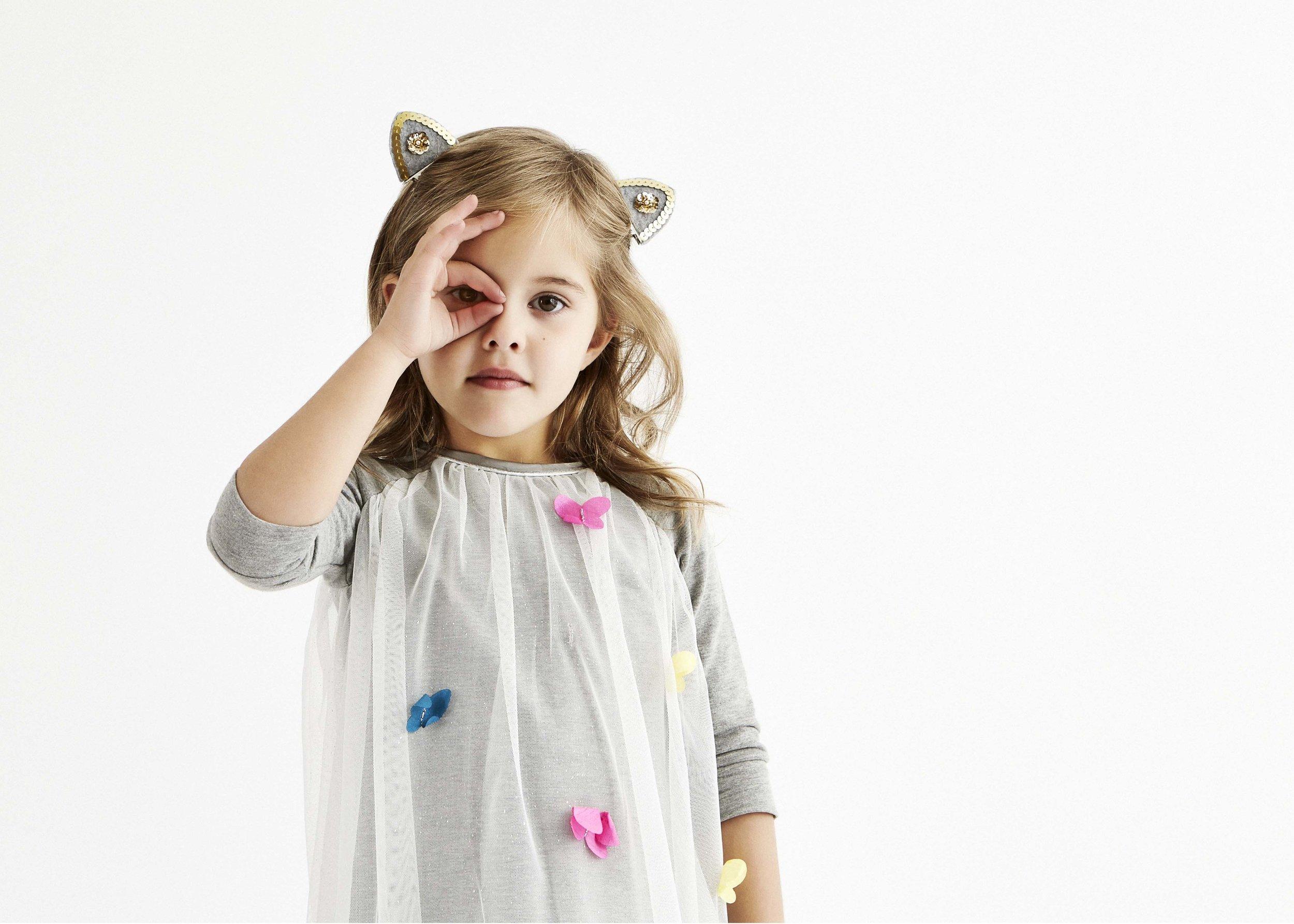 Liz_Cooper_Interior_Stylist_Styling_Kids_Fashion_Peeping.jpg