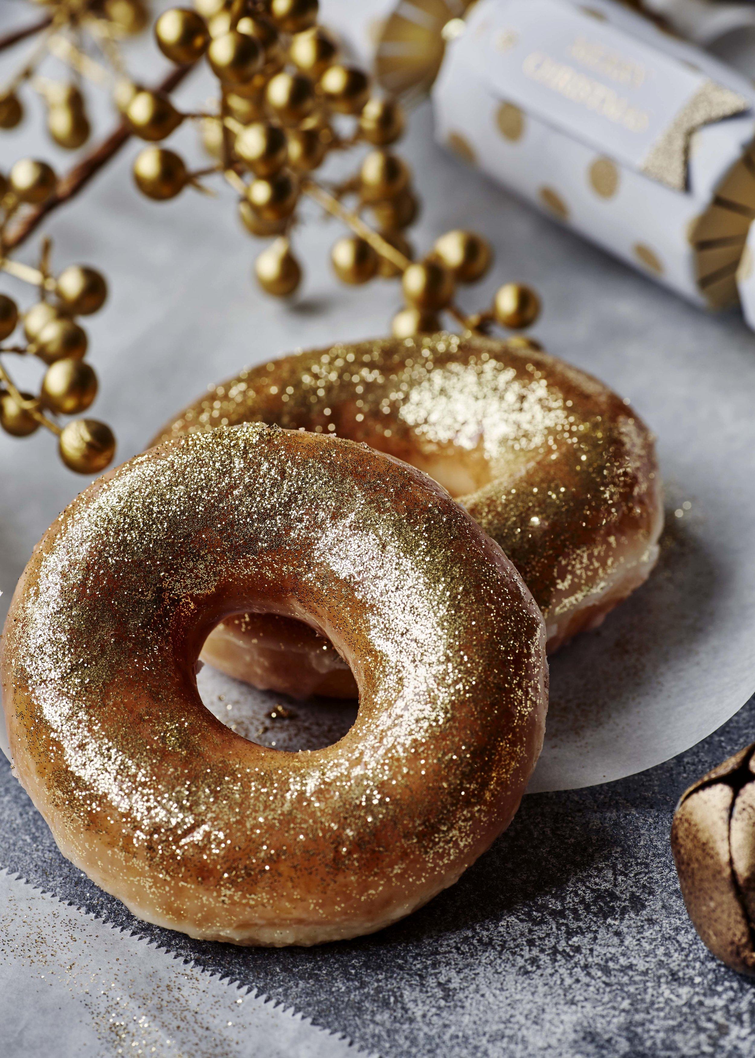 Liz_Cooper_Interior_Interiors_Still_LIfe_Props_Stylist_food_christmas_doughnuts.jpg
