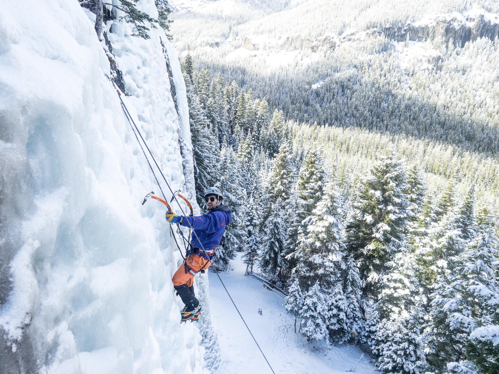 Climbing- RIDGE-Academy-3.jpg