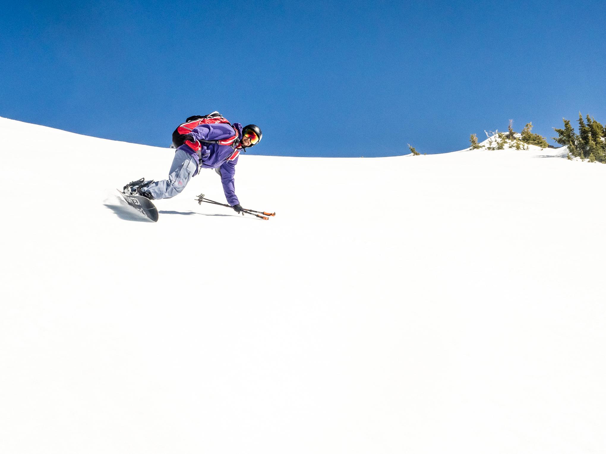 Snowboardinbg-RIDGE-Mountain-Academy-9.jpg