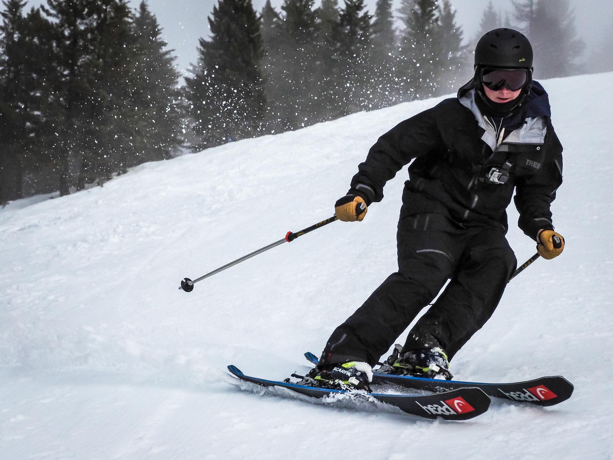 skiing-RIDGE-Mountain-Academy-1.jpg