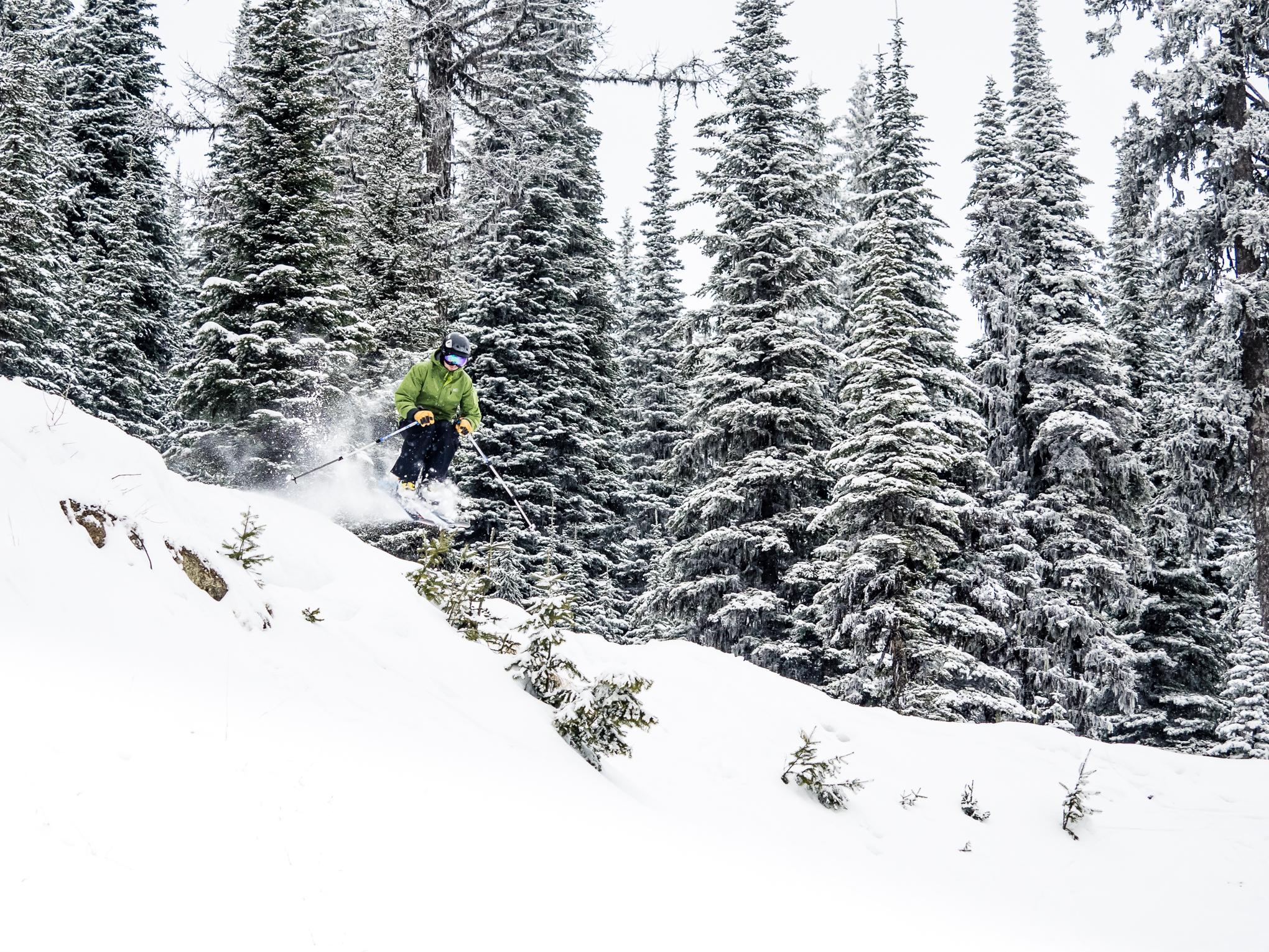 skiing-RIDGE-Mountain-Academy-2.jpg