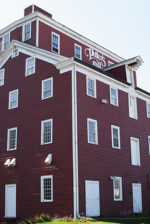 Potter's Mill in Bellevue, Iowa lies on the banks of Mill Creek, just off the Mississippi River.